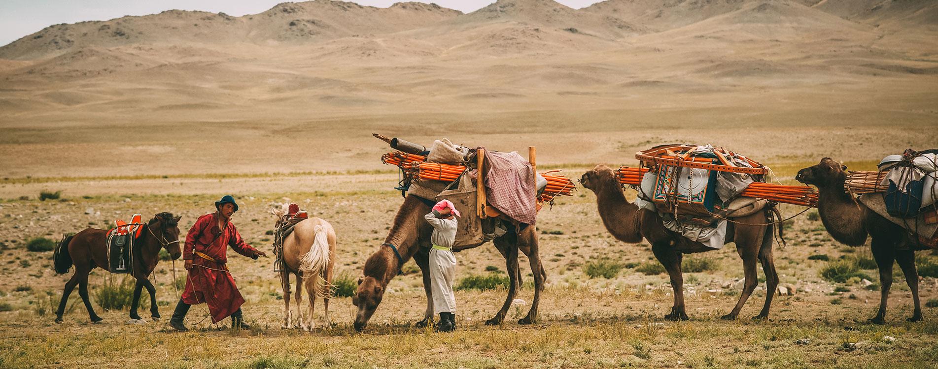 Mongolian-nomadic-family-cover3.jpg